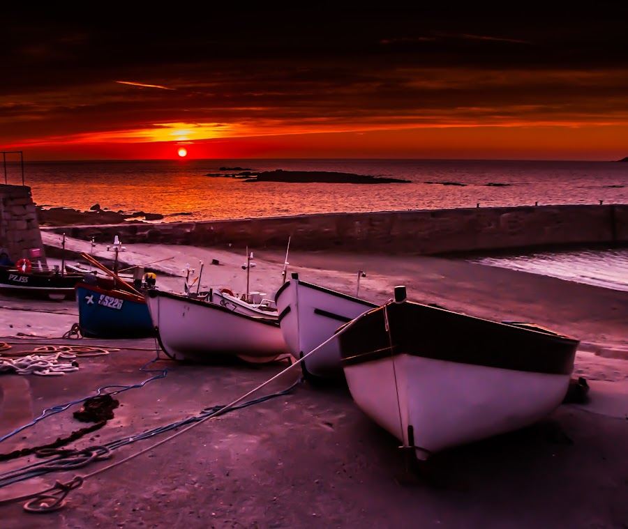 Sunset Cove.. by Grant Hyatt - Landscapes Sunsets & Sunrises ( water, clouds, uk, sunset, harbour, boats, sea, sun, cornwall, coast, colours )