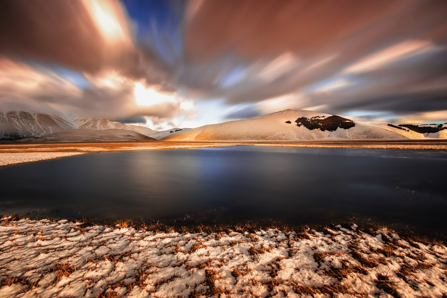 Sunset by Francesco Domesi - Landscapes Sunsets & Sunrises ( blu, red, blue, sunset, lunga esposizione, cloudy, nuvole, cloud, long exposure, tramonto, italy, marche,  )