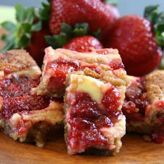 Strawberry Cheesecake Blondies