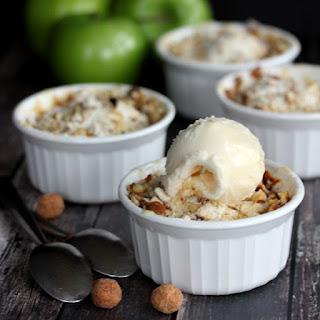 Mini Apple Crisps with Maple Habanero Pretzel Streusel