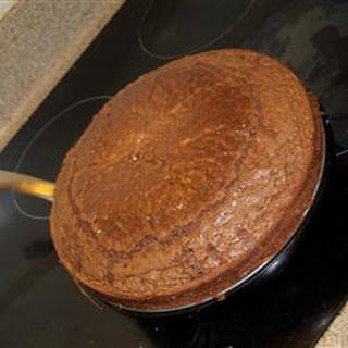Old Fashioned Fudge Cake