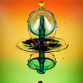 3 colour drop .. by Duy Tang - Abstract Water Drops & Splashes ( water, colour, liquid, drop, high speed, drop splash, reflecting )