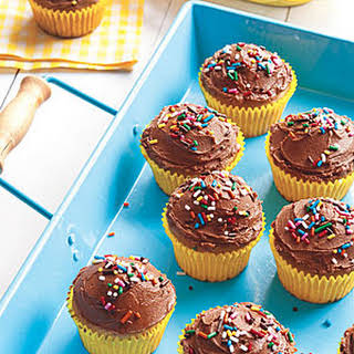 Banana Cupcakes with Chocolate Frosting.
