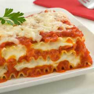 Ragu No Boiling Lasagna (featuring Ragu 1 Lb. 8 Oz. Jar).