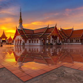Thailand temple. by Jakkree Thampitakkul - Landscapes Sunsets & Sunrises ( sakonnakhon, sunrise, thailand.temple, HDR, Landscapes )