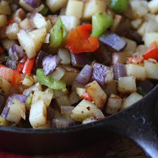 Skillet Potatoes with Peppers and Onions