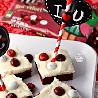 Red Velvet Cookie Bars