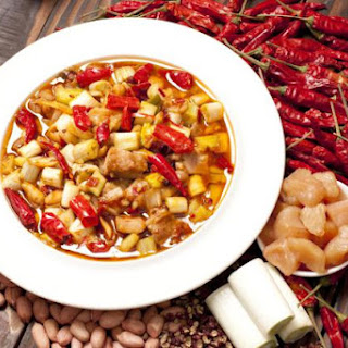Stir-Fried Kung Pao Chicken with Chili Peppers