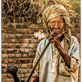 by Gaurav Madhopuri - Novices Only Portraits & People