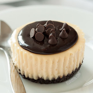 Mini Irish Cream Cheesecakes (gluten-free, grain-free, 100% whole grain)