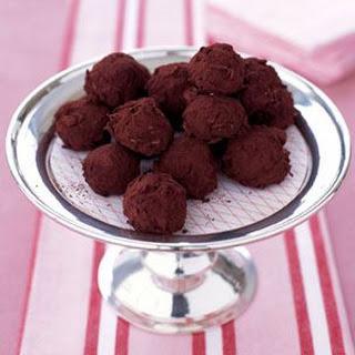 Luscious Hazelnut Truffles