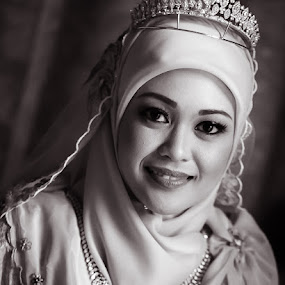 Ain by David Cheok - Wedding Bride ( wedding, malay, brunei, woman, b&w, portrait, person )