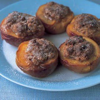 Peaches Baked with Amaretti.