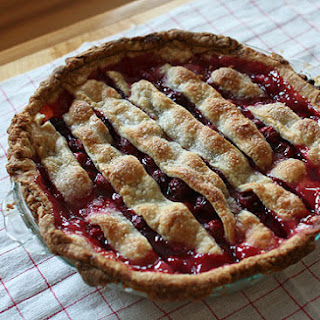 Sour Cherry Pie (adapted from a recipe in June 2008 Bon Appétit)