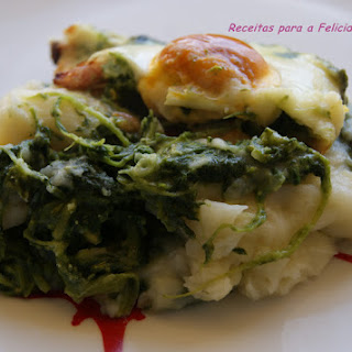 Potato Nest with Rapini, Bacon and Eggs.