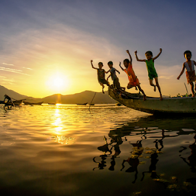 Jumping by Thảo Nguyễn Đắc - Babies & Children Children Candids ( kids in the summer )
