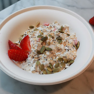 Strawberries & Cream Oatmeal Chilled Oats
