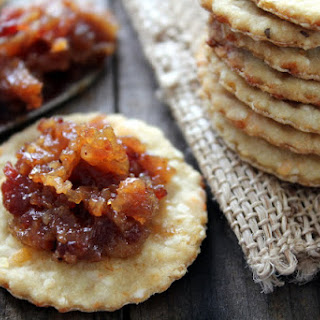 Bacon Jam and Grits Crackers