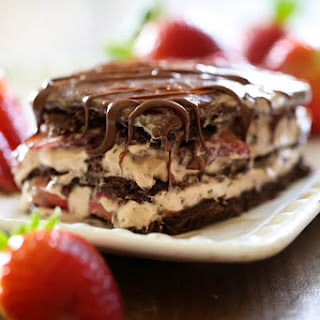 No-Bake Strawberry Nutella Eclair Cake