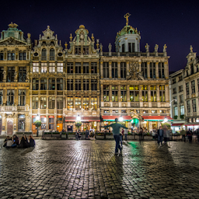 Nightlife in the Grand Place by Jesús Municio - City,  Street & Park  Historic Districts ( lights, gothic, grand place, buildings, night, belgium, architecture, patent, pavers, brussels, nightlife, Model, Portrait, Untouched, Unedited, Non-photoshop, city, Lighting, moods, mood lighting, Urban, City, Lifestyle, mood, mood factory, holiday, christmas, hanukkah, red, green, artifical, lighting, colors, Kwanzaa, blue, black, celebrate, tis the season, festive, city at night, street at night, park at night, night life, nighttime in the city,  )
