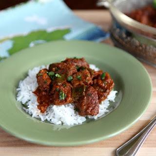 Marha Pörkölt - Hungarian Beef Paprika Stew