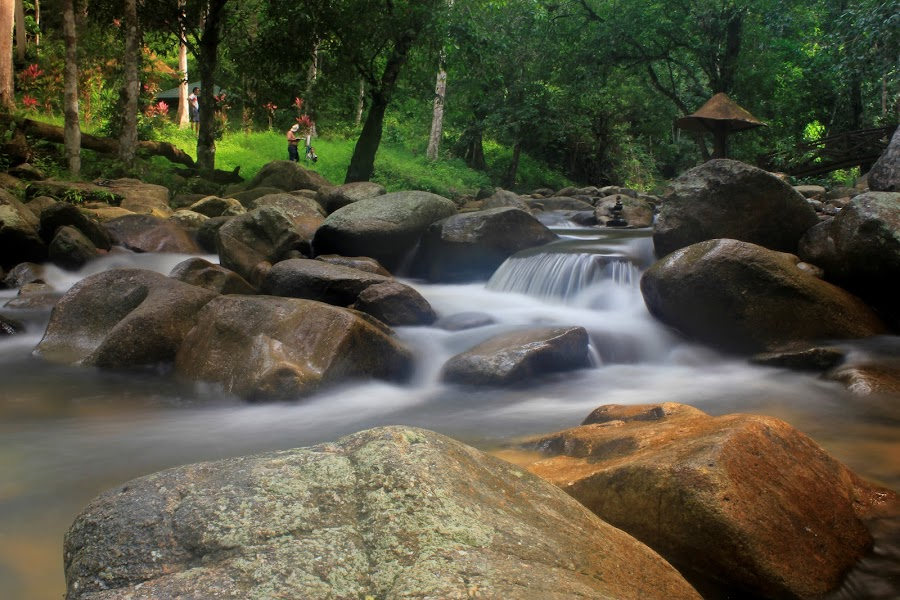 Lata Mengkuang, Sik, Kedah, Malaysia by Carrot Lim - Nature Up Close Water ( iso100, f22, canon eos 550d, tripod, 18-55mm, 5s, nd filter )