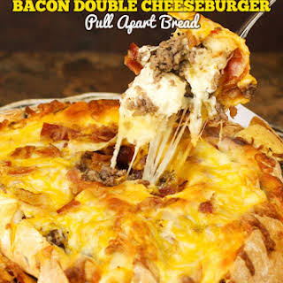 Bacon Double Cheeseburger Pull Apart Bread.