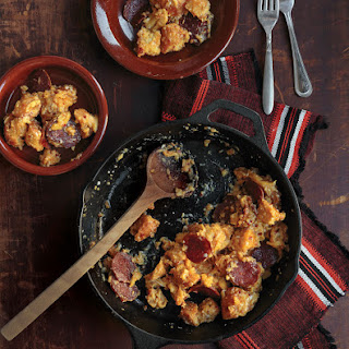 Migas con Chorizo (Scrambled Eggs with Bread and Chorizo)