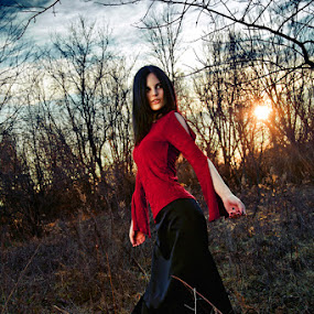 Sunset by Joe Eddy - People Fashion ( gothic, vampire, sunset, golden.girl, vamp, sun )