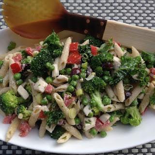 Creamy Mediterranean Pasta Salad (Without Mayo!).