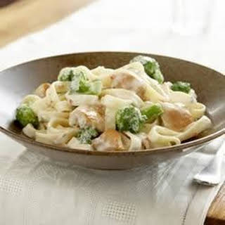 Easy Chicken and Broccoli Alfredo.