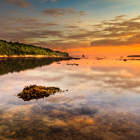 Sunset di Pancur Hitam Labuan. by Daimasala Abdullah - Landscapes Waterscapes ( waterscape, sunset, beach )