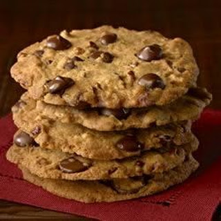Ghirardelli Crispy Crunchy Chocolate Chip Cookies.