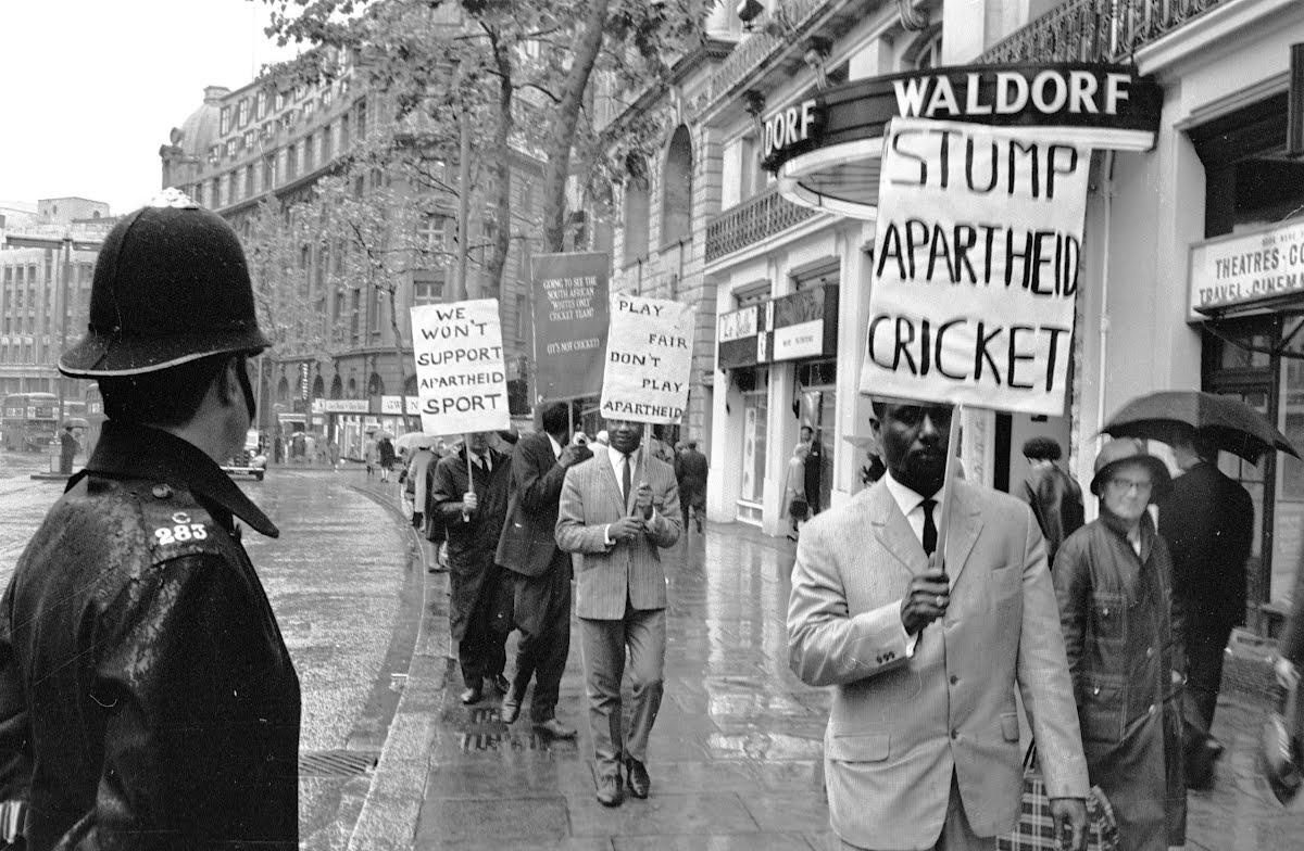 history essays on apartheid