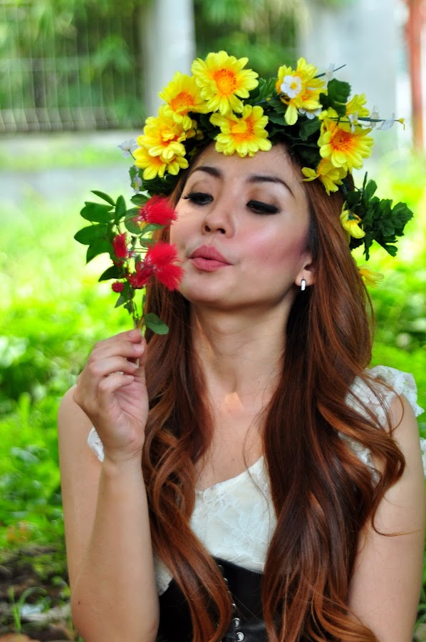 ___colourfull___ by Rumi Sinners - People Professional People ( princess, artphotography, beautifullcolours, flowers, redhair )