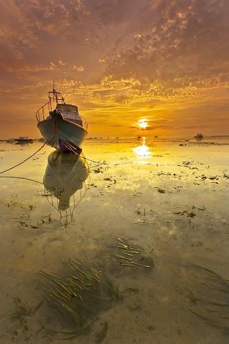 Brightness Day by Choky Ochtavian Watulingas - Landscapes Sunsets & Sunrises ( shore, clouds, sky, seaweed, boats, beach, seascape, sunrise, sun )