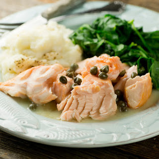 Salmon in Buttered White Wine Sauce Recipe