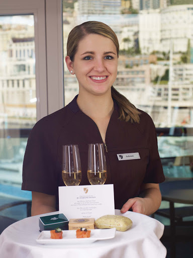 Welcome_champagne_Seabourn - You'll be welcomed with a smile and complimentary glasses of champagne upon arriving for your Seabourn cruise.