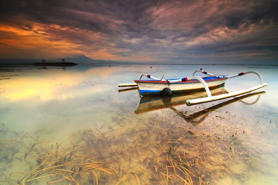 Hello sunshine by I Made  Sukarnawan - Landscapes Beaches ( sunset, beach, sunrise, morning, boat )