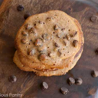 Clean Eating Spelt Chocolate Chip Cookies.
