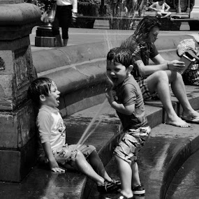 Boys At Play by VAM Photography - Black & White Street & Candid ( black and white, fountain, boys, nyc, places, , KidsOfSummer )