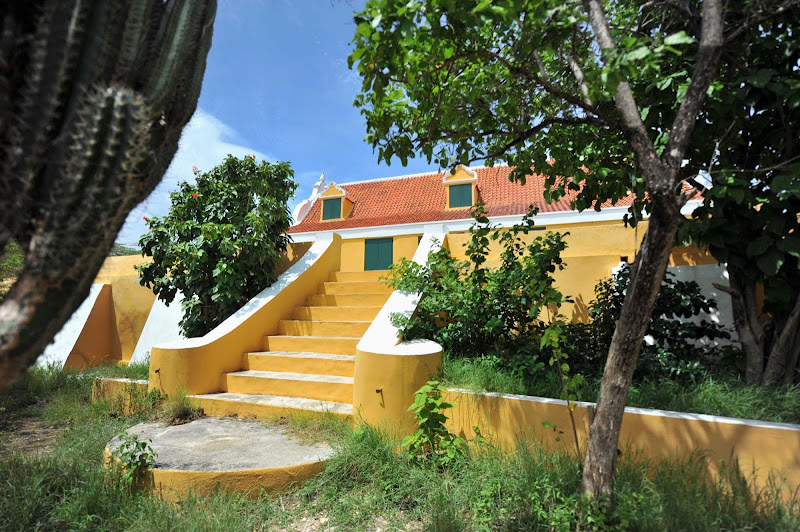 The Savonet Museum traces the history of an early plantation on Curacao with a focus on and tribute to its slaves and their descendents.