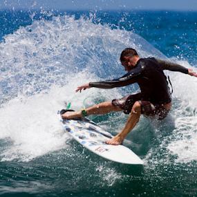 cutback by Gavin Falck - Sports & Fitness Surfing ( surfing, surfer, wave, sea, ocean, beach, sun )