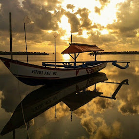 sunrise boat by Windu Fidyanto - Transportation Boats