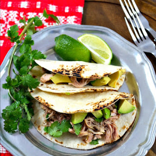 Slow Cooker Salsa Verde Chicken Tacos Recipe