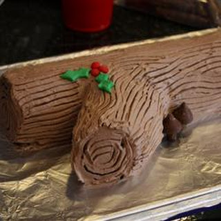 No-Bake Chocolate Yule Log with Chocolate Mushrooms