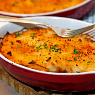 Easy Shepherd's Pie with Red Wine and Beef