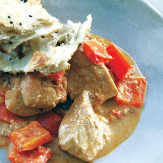 Chicken With Sour Cream & Red Bell Pepper.