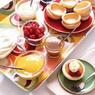 Mini Fruit Tart Buffet