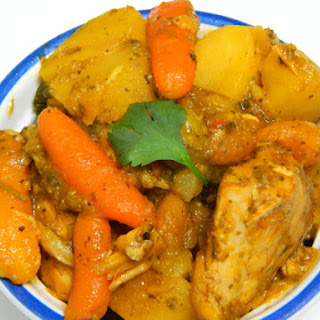Pollo Guisado Estilo Puertorriqueño (Stewed Chicken Puerto Rican Style)